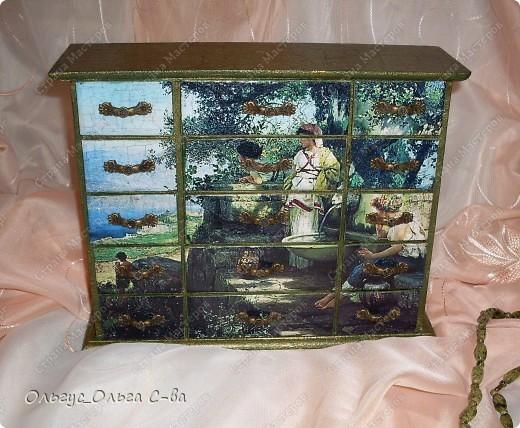 """Комод на заказ с использованием распечатки картины Генриха Семирадского """"У источника""""."""