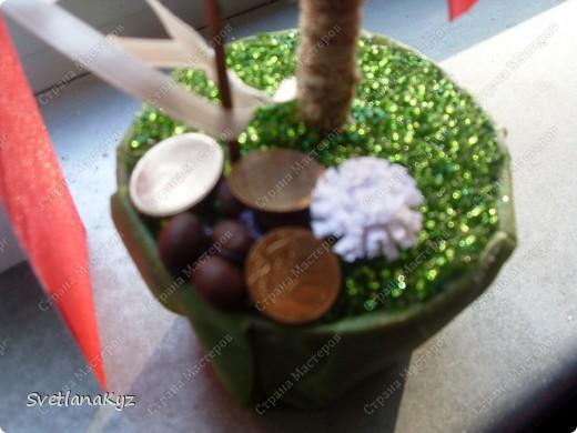 Для своей коллеги на день рождения решила сделать такое вот дерево.  фото 3
