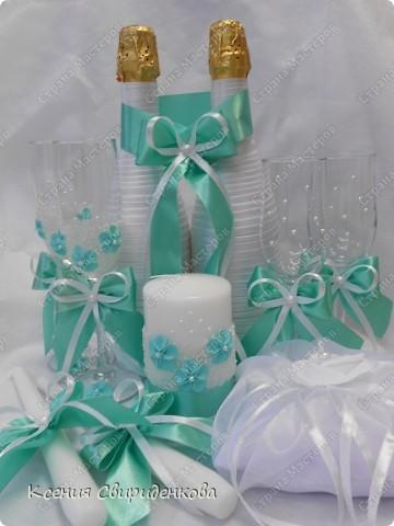 Недавно выполняла необычный заказ. Невеста пожелала набор в мятном цвете. Выношу на ваш суд то, что получилось. фото 1