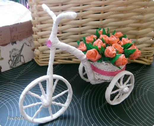 Насмотрелась я цветочных велосипедов,сделанных руками других мастериц ,вдохновилась и решилась на свой)) фото 2
