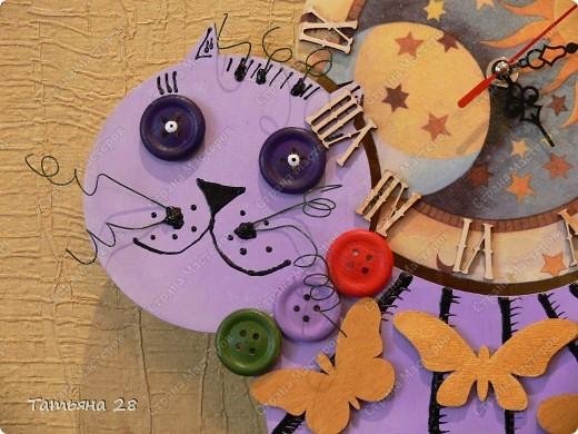 Никогда в своей жизни ни делала часы))) Можно сказать, что был Дебют))) Часы будут висеть в детской комнате. Завтра отдавать, а сегодня хочу показать Вам!!!  фото 2