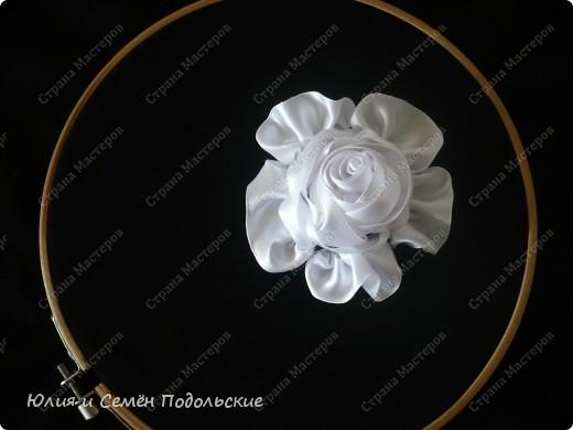 Моя первая роза из атласных лент!!! фото 1