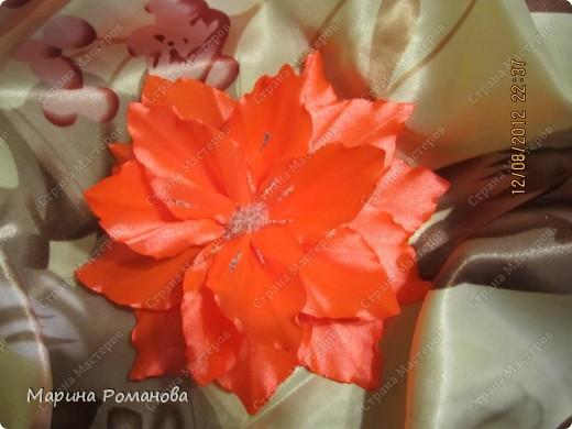 Моя первая лилия! Очень понравилось делать такую красоту! фото 2