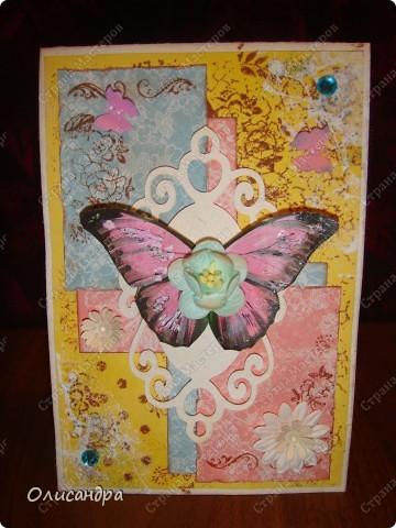 """Здравствуйте, мои дорогие! Сегодня я опять с бабочками. Продолжаю """"мучить скрап"""", и мне все больше и больше нравится это занятие. Наверно, пока не закончатся все бабочки на моей скраповой бумаге, так и будут летать на новых открытках...  фото 10"""