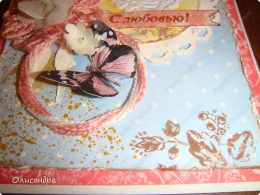 """Здравствуйте, мои дорогие! Сегодня я опять с бабочками. Продолжаю """"мучить скрап"""", и мне все больше и больше нравится это занятие. Наверно, пока не закончатся все бабочки на моей скраповой бумаге, так и будут летать на новых открытках...  фото 20"""