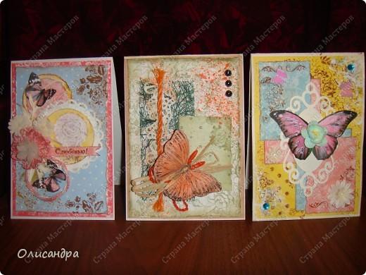 """Здравствуйте, мои дорогие! Сегодня я опять с бабочками. Продолжаю """"мучить скрап"""", и мне все больше и больше нравится это занятие. Наверно, пока не закончатся все бабочки на моей скраповой бумаге, так и будут летать на новых открытках...  фото 1"""