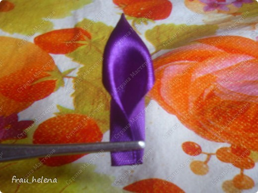 Попробовала заснять процесс изготовления вот такой хризантемы . фото 15