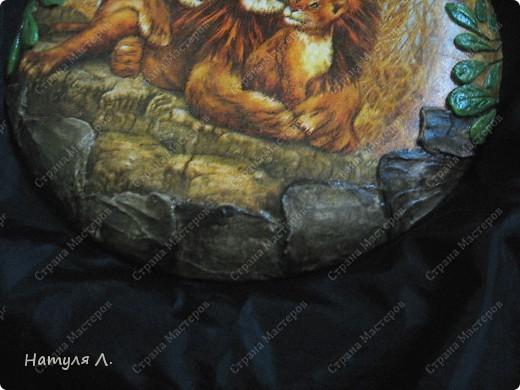 шпатлевкой добавила камни и листья фото 2