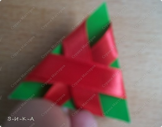 Мастер-класс Украшение Цумами Канзаши Цветы из лент за 5 минут Картон Ленты фото 9