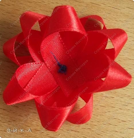 Мастер-класс Украшение Цумами Канзаши Цветы из лент за 5 минут Картон Ленты фото 12