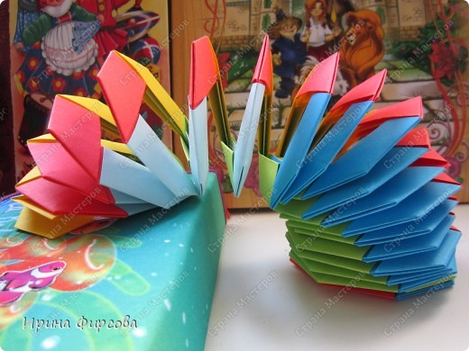 Мастер-класс Поделка изделие Поделки динамические 1 апреля Оригами Оригами модульное Радужная пружинка СЛИНКИ оригами  Бумага фото 1