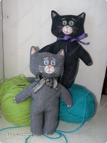 Котики из старых джинсов из лицевой и изнаночной сторон.  фото 3