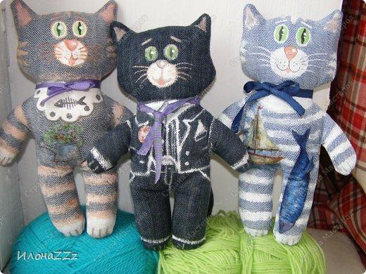Увлекли меня джинсовые коты:))) Вот три новых образа.