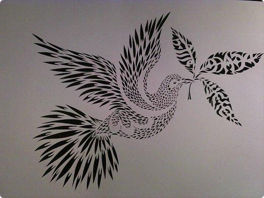 Здравствуйте мои дорогие!!!!! Хочу показать вам еще одну прелестную пташку из работ Lois Corderlia.  Когда я ее увидела, сразу загорелась желанием ее вырезать...  фото 1