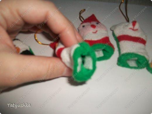 Вот такие чехольчики для постоянно теряющихся флешек мы придумали в качестве сувениров-подарков на лотерею в класс дочке. фото 3