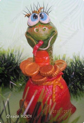 Ещё одна порция новогоднего, с ярмарки и не только, то что не забыла сфоткать... Змейки на изобильных мешочках. Чтобы наступающий год удался во всех смыслах)) фото 10