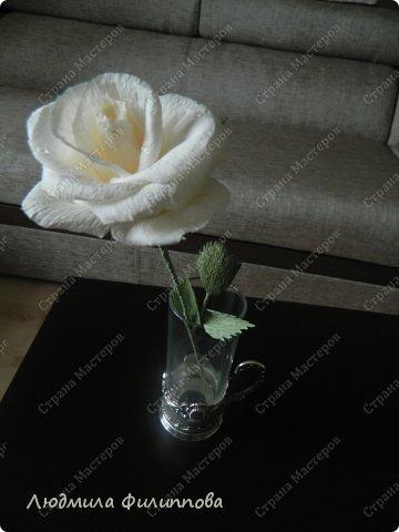 Добрый день дорогие мастерицы! Хочу поделиться с Вами своим способом изготовления роз из гофрированной бумаги. Америку я не открыла, в Стране много подобных МК, но у каждого, в том числе и у меня, своя технология. Может кому-нибудь пригодится мой МК. фото 60