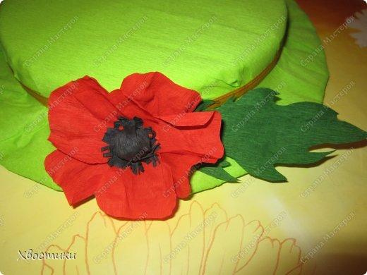 Открытки к 8 марта, платьице бабушке (Тимошкина работа), весенняя шляпка на конкурс в садик - вот не полный перечень наших весенних творений. фото 7