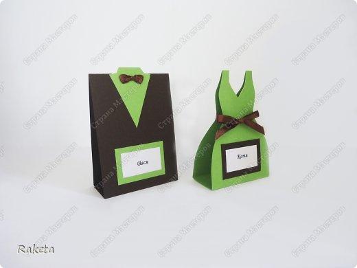 Здравствуй, Страна! Недавно шила вот такую пару на свадьбу другой паре. Свадьба была не совсем обычная и аксессуары были выполнены в зеленых тонах. Цветные свадьбы стали в моде. Хочу похвастать милыми зайками, сшить очень давно хотела, вот случай и представился. Получились они очень милыми и какими то большенькими (48см). Эти фото профессионала(Евгения Данилова), вот так мои зайки украсили стол молодоженов. фото 5