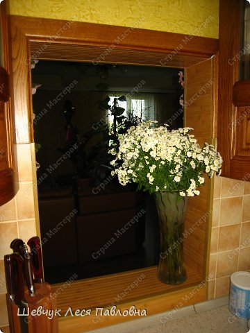 Привет Всем!Хочу поделиться с Вами идеями для удобного интерьеа в доме. Это рисунок витражными красками по стеклу,лицевая сторона.Стекло очень толстое. Я это стекло использовала к панельной плите. фото 4