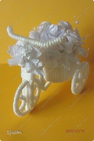 Доброго времени суток, милые мастерицы! Понадобилось мне сделать небольшой рукодельный презент на свадьбу - остановилась на велосипедике. фото 27