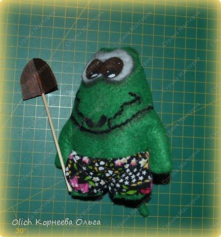 Здравствуйте. Сегодня будем шить забавного малыша крокодила с игрушками. фото 14