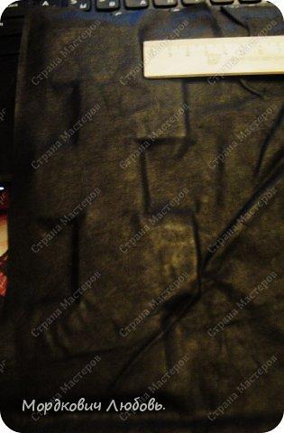 Доброй ночи,всем-всем!!!Пишу ночью...Так получилось)Ну вот,созрела я сделать МК на свою ключницу из кожи.Здесь можно посмотреть первый(раскрытый) https://stranamasterov.ru/node/608921 Зонт только в другом виде,повторятся не хочется...скучно )Постараюсь рассказать и показать все доходчиво)Поехали... фото 8