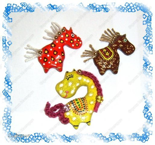 Мастер-класс Поделка изделие Новый год Лепка Гламурные лошадки магниты на холодильник Гуашь Тесто соленое фото 4