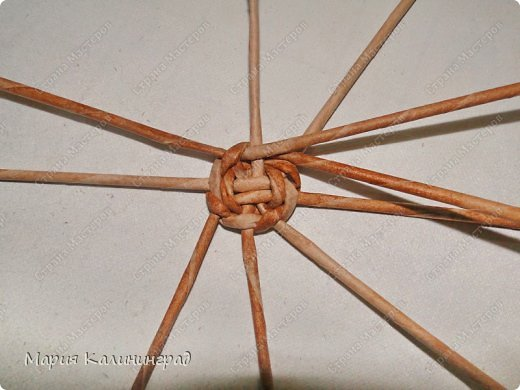 Мастер-класс Новый год Плетение Мк плетёной лошадки Бумага газетная Трубочки бумажные фото 31