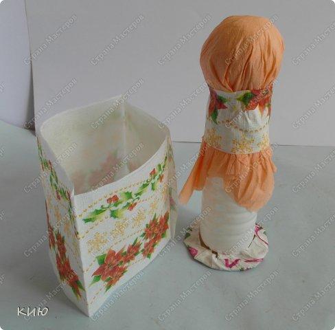 Куклы Мастер-класс Моделирование конструирование МК Аленка- кукпа из бумажных салфеток на бутылке  Салфетки фото 13