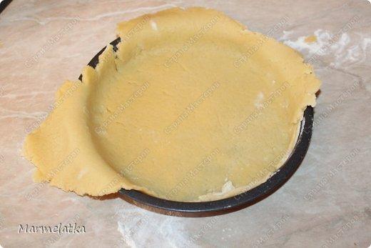 Ароматный песочный пирог с нежной сметанно-ягодно-фруктовой начинкой!!!Начинка может быть абсолютна любая, и вкус будет другой. Можно взять киви и банан, клубнику, вишню, смородину, ананасы, персики, да что угодно... фото 8