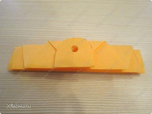 Хочу показать вам, дорогие мастера увлекательный процесс создания вот таких бумажных игрушек-гармошек: фото 8