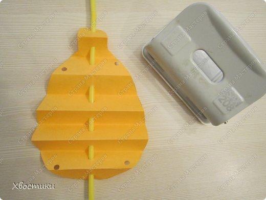 Хочу показать вам, дорогие мастера увлекательный процесс создания вот таких бумажных игрушек-гармошек: фото 11