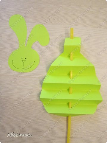 Хочу показать вам, дорогие мастера увлекательный процесс создания вот таких бумажных игрушек-гармошек: фото 18