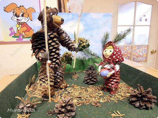 Маша и медведь поделки из природного материала