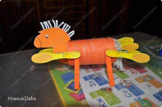 """Приветствую всех жителей СМ! Приближается новый 2014 год! Символом года будет лошадь. Вот её мы и решили сделать с сыном в виде игрушки на новогоднюю ёлку! Идею взяли в замечательном журнале """"Коллекция идей""""! фото 5"""