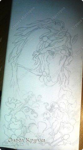 Картина панно рисунок Мастер-класс Новый год Аппликация Рисование и живопись МК инкрустированной картины Лошадка Скромняжка Краска Ткань фото 6