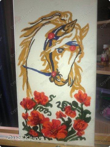Картина панно рисунок Мастер-класс Новый год Аппликация Рисование и живопись МК инкрустированной картины Лошадка Скромняжка Краска Ткань фото 11