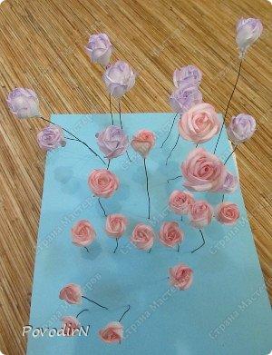 Уникальный материал - фоамиран! Именно из него у меня стали получаться розы. Спешу поделиться своей радостью с вами. Материал новый, МК немного. Еще один МК (от неумехи) не помешает? фото 21
