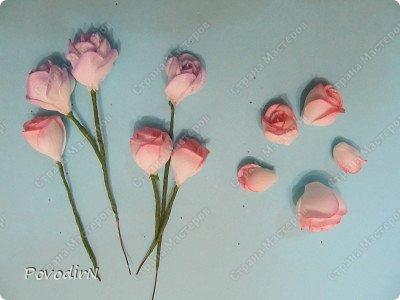 Уникальный материал - фоамиран! Именно из него у меня стали получаться розы. Спешу поделиться своей радостью с вами. Материал новый, МК немного. Еще один МК (от неумехи) не помешает? фото 22