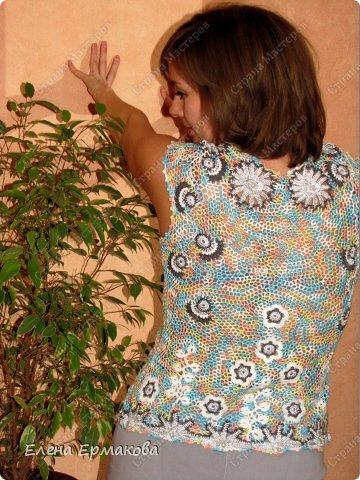 У моей сестры золотые руки,вяжет спицами и крючком обалденные вещи. В последнее время подсела на ирландское кружево. навязала себе топов,кофточек и платьев. фото 7
