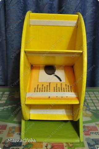 Попросили в детский сад сделать что-то для хранения карточек с дидактическими играми, но просто коробочка не устраивала.Нужно, чтобы двигалось, открывалось и т.д. Мы с мужем изломали головы. И вот, что получилось в результате нескольких дней  (вечеров) работы. фото 4