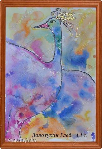 """Выкладываю накопившиеся рисуночки. Это Олаф, снеговик из мультика """"Холодное сердце"""". Глеб сам его таким придумал, я лишь посоветовала закрашивать точками (ватной палочкой) . Снежное облачко сам тоже придумал))))) фото 2"""