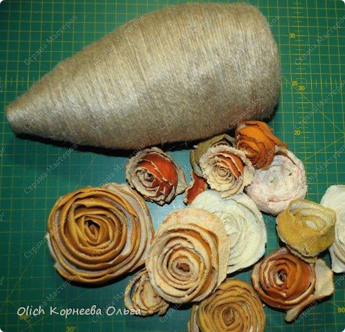 Мастер-класс Поделка изделие Моделирование конструирование Ежик в апельсиновых розах Бумага газетная Клей Кофе Материал природный Продукты пищевые Шпагат фото 9