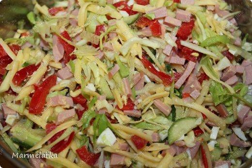 Добрый вечер! Сегодня я к Вам с салатиком. Не знаю на сколько он Берлинский, рецепт нашла в интернете, но он очень яркий, сочный и вкусный!! Попробуйте)) фото 11