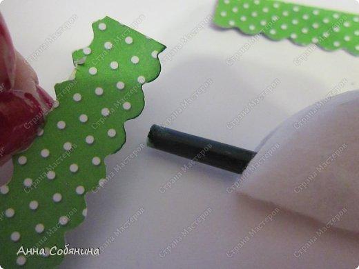 Мастер-класс к Пасхе! Пасхальный домик из бумаги. У домика открывается крыша, внутрь можно положить яйцо или любой другой подарок.  А теперь давайте научимся делать такой сувенир сами! фото 6