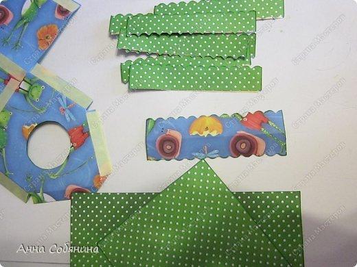 Мастер-класс к Пасхе! Пасхальный домик из бумаги. У домика открывается крыша, внутрь можно положить яйцо или любой другой подарок.  А теперь давайте научимся делать такой сувенир сами! фото 7