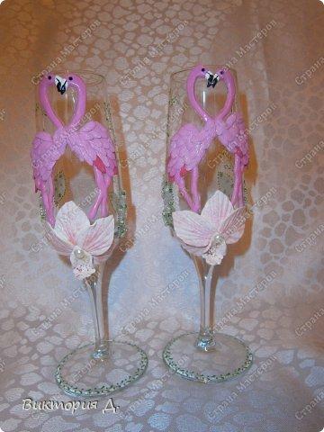 """Всем добрый день! Вот выставляю последние работы - увидела y Саровочки чашечку с фламинго и заболела """"птичками"""". С этими сидела долго - на птичках 100 пёрышков - замучилась их лепить. Как результат - оценить вам, но что уникат - тут сомнений нет;) фото 2"""