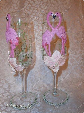 """Всем добрый день! Вот выставляю последние работы - увидела y Саровочки чашечку с фламинго и заболела """"птичками"""". С этими сидела долго - на птичках 100 пёрышков - замучилась их лепить. Как результат - оценить вам, но что уникат - тут сомнений нет;) фото 3"""