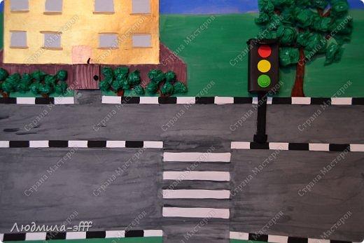 Здравствуйте мастера и мастерицы.Хочу поделиться с вами поделкой и МК на тему правила дорожного движения,которую мы с сыном делали в садик. фото 13
